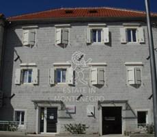 Herceg Novi, Kamenari'de 4 Yıdızlı 320m² Hotel Lux