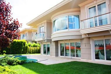 Kandilli Konakları'nda Satılık Villa