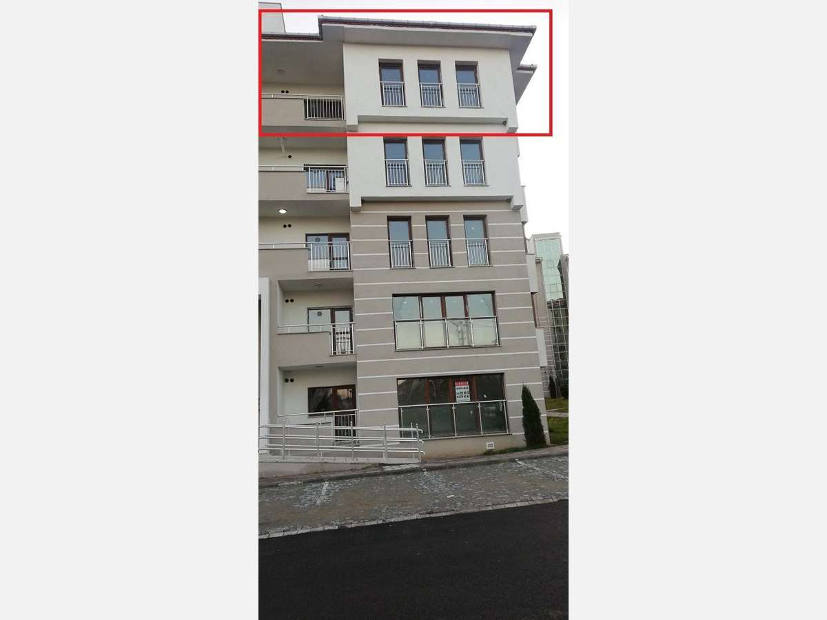 Sivritepe TOKİ Konutlarında 4. kat 135 m² 3+1 Kiralık Daire - 1