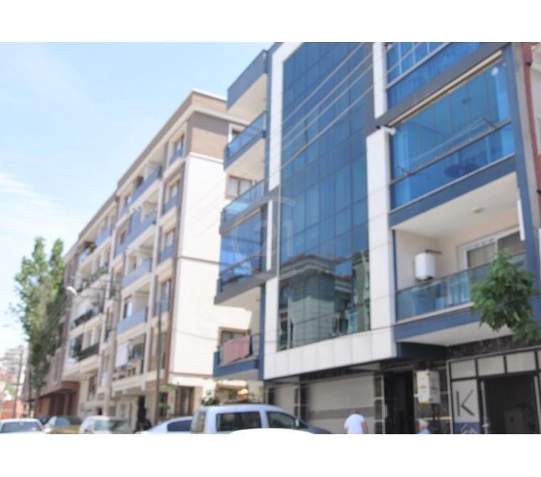 İzmir Vatan Mahallesinde 93 m2 2+1 Yeni Kiralık Daire