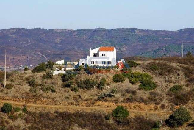 tavira guys Algarve farmhouse renovation project, portugal portugal  we can pick you up from faro, olhao or tavira we will also take you shopping and can drive you to the beach on your days off  i highly recommend these guys thanks for all read more (excellent ).