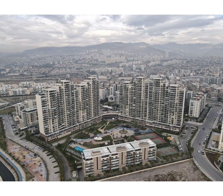 Karşıyaka Mavişehir Park Yaşam Eşyalı Satılık 2+1 Daire 16. Kat