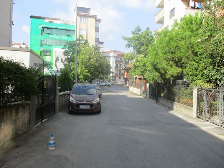 Pendik Bahçelievler Şehit Fethi Cad.Era Koleji Yakını 3+1