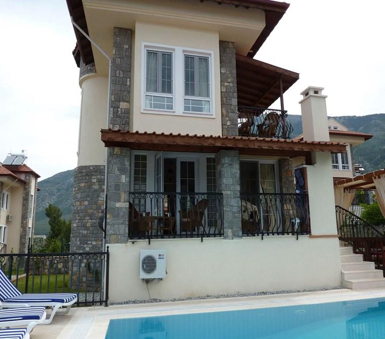Fethiye Ölüdeniz ovacık bölgesinde 4 odalı mustakil villa