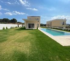 Çeşme Ovacık Toskana Bölgesinde Tek Müstakil Havuzlu Lüks Villa