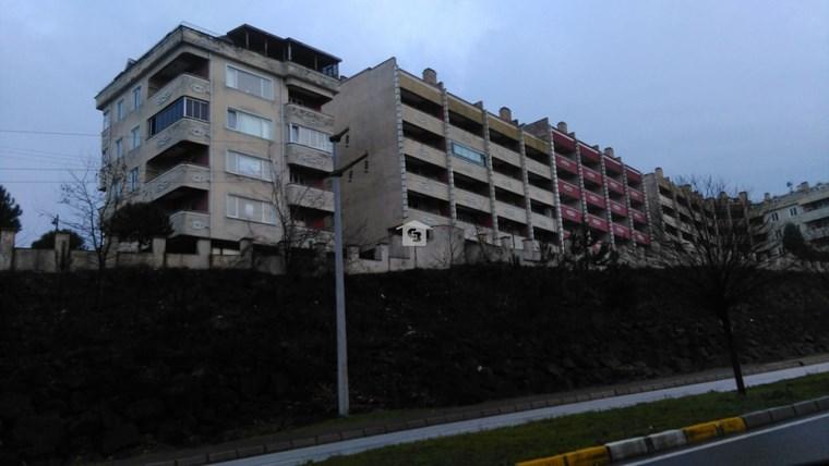 Bankadan Satılık Akçakoca Ayazlı'da deniz manzaralı daire/yazlık