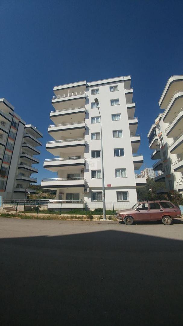 Bankadan Satılık-Silifke Atakent'te Havuzlu Sitede Daire