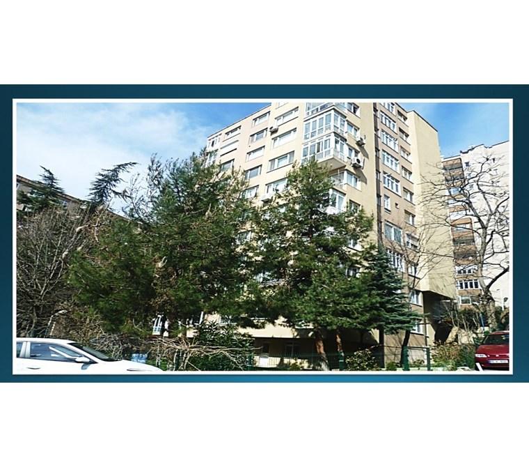 Gayrettepe /Beşiktaş / Mobilyalı /Eşyalı 3+1 Merkezde