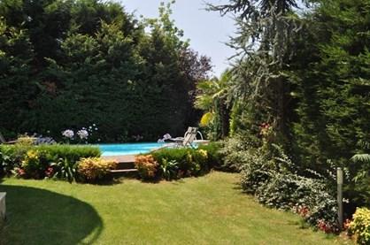 Acarkent'te Kiralık Havuzlu Bahçe Dubleksi