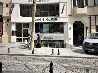 Nişantaşı Abdi İpekçi Caddesi'nde Kiralık Dükkan