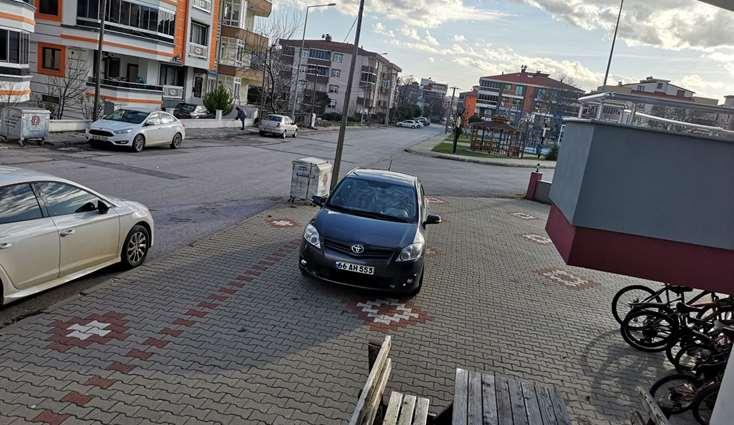 Balıkesir Paşaalanı'da Elfi den Satılık Asansörlü Arakat 170m2