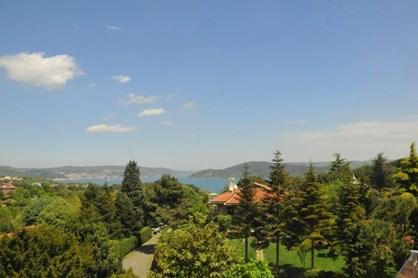 Tarabya Üstay Villaları'nda Satılık Villa