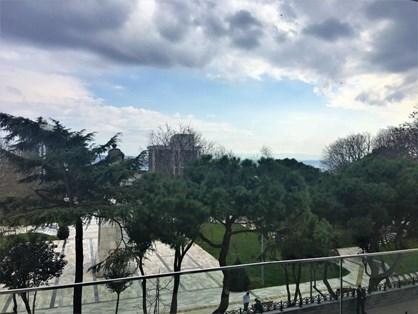 Maçka'da Prestijli Binada Boğaz Manzaralı Kiralık İş Yeri