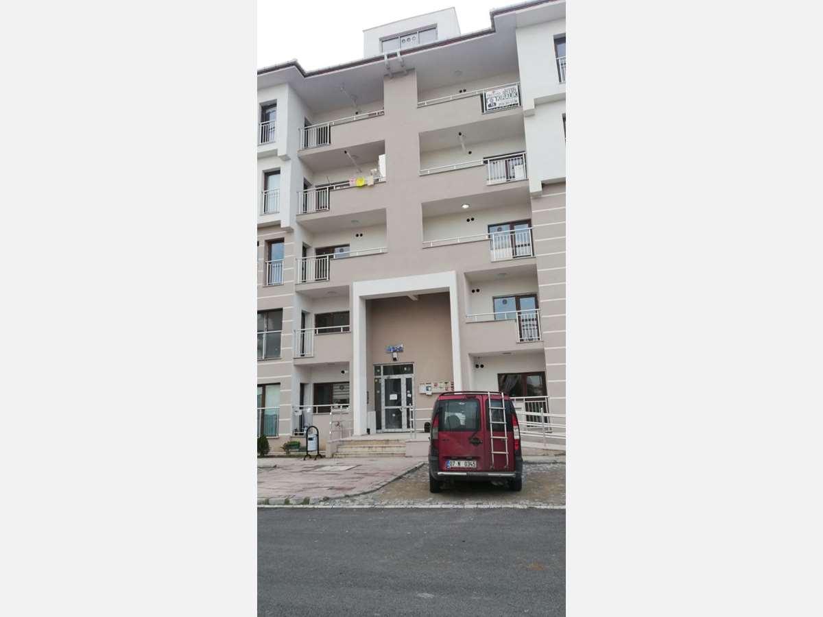 Sivritepe TOKİ Konutlarında 4. kat 135 m² 3+1 Kiralık Daire - 3