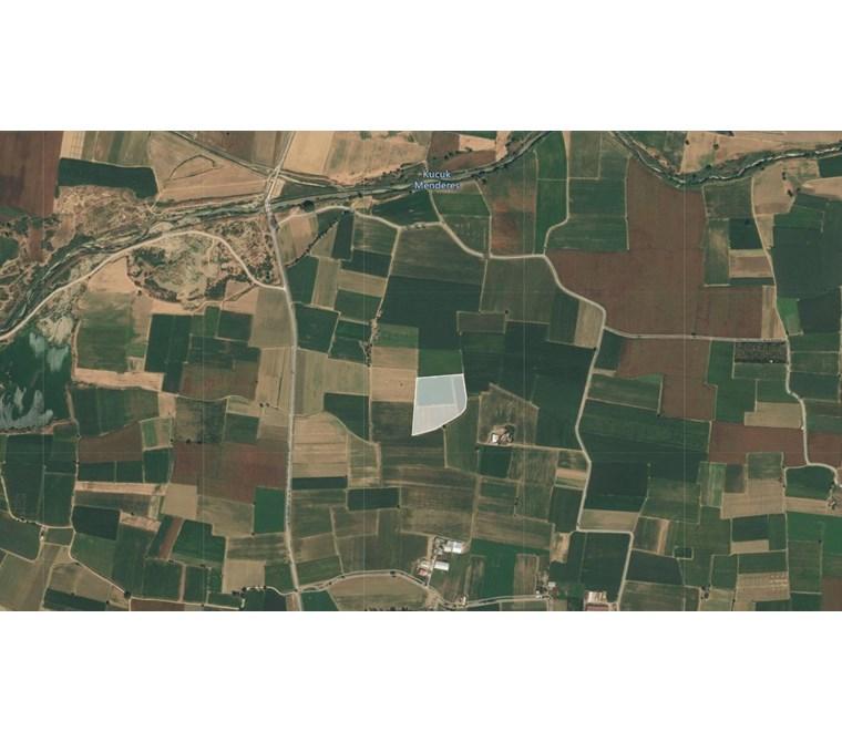 Bayındır Küçük Menderes Nehri Yakını 9332 M2 Satılık Tarla