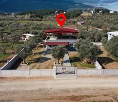 Kemalpaşa Yukarıkızılca'da Satılık 750 m2 Bahçe 80 m2 Villa