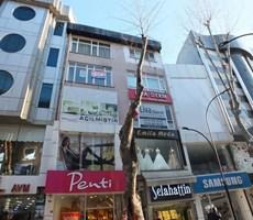 Pendik Çarşı içi Gazipaşa Caddesine cephe 3. kat Kombili Ofis
