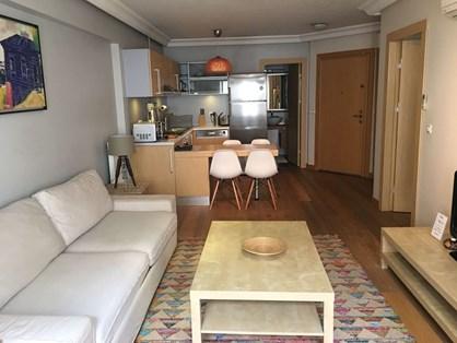 Nişantaşı Flats'de Modern Bakımlı Satılık 1+1 Rezidans Dairesi