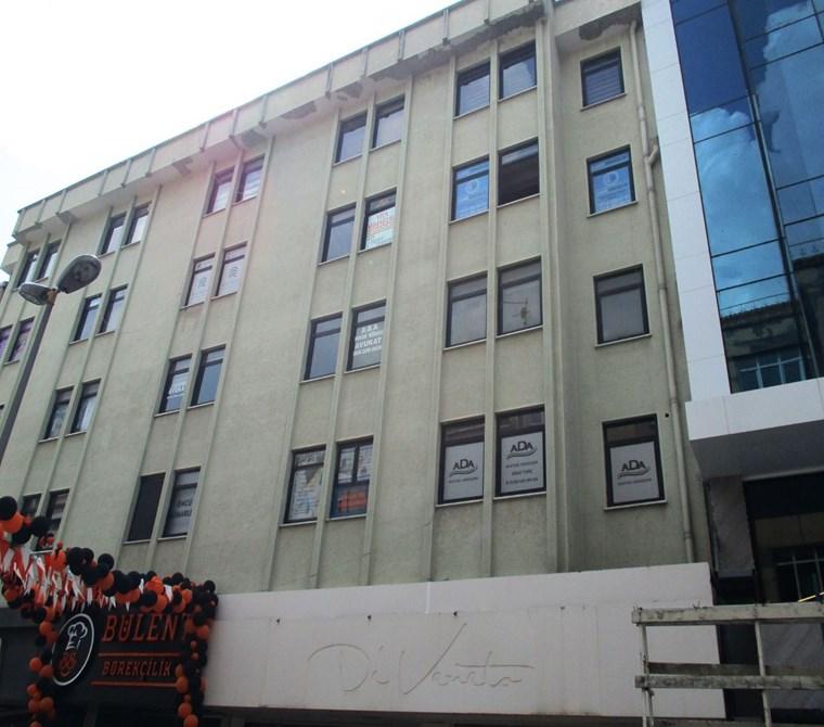 Pendik Belediyesi karşısında 40 M2 Ofis