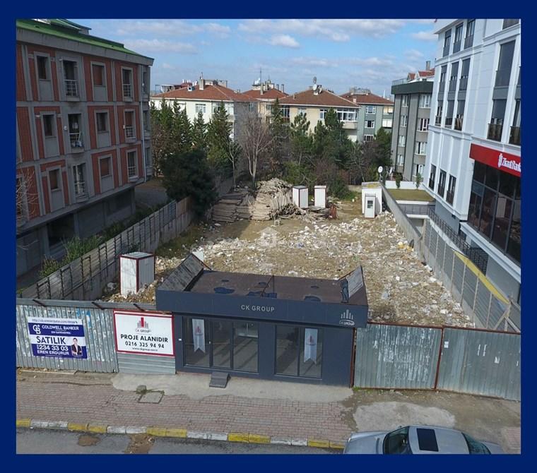 ACIBADEM CADDESİ'NDE PROJEDEN SATILIK DÜKKAN!