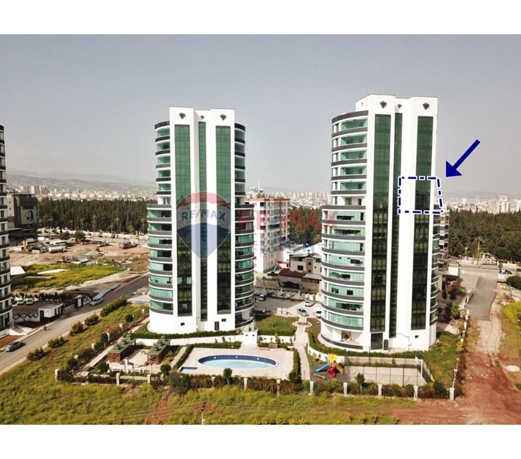 REMAX LOCA CRYSTAL TOWERS'DA DENİZ MANZARALI TERASLI DUBLEKS 6+1