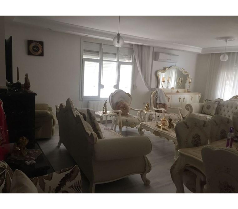YeniEvim'den TURGUT ÖZAL'da 200 m2 GÖL MANZARALI EŞYALI SATILIK