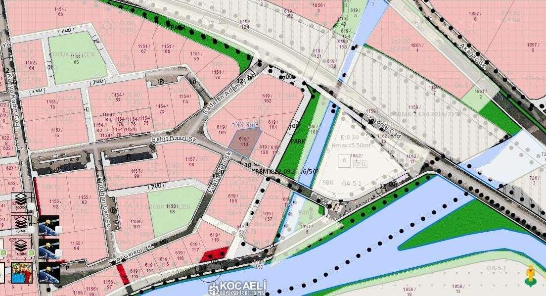 İzmit 42 Evlerde 535m2 Ticari imarlı Arsa Satılık
