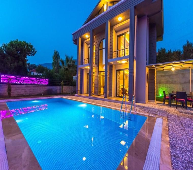 Fethiye Ölüdeniz ovacık bölgesinde satılık lüx villa