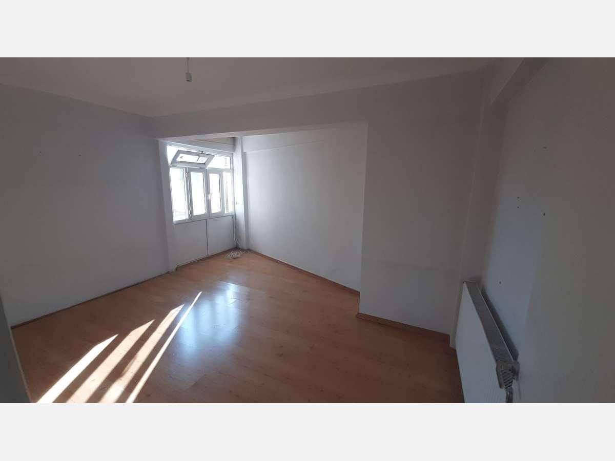 İZMİT MERKEZ 'DE ARA KAT 2+1 95 m² SATILIK DAİRE - 5