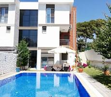 İzmir Çeşme Alaçatı Kiralık Tripleks Villa