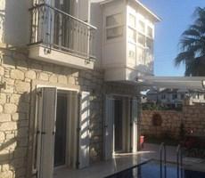 İzmir Çeşme Alaçatı Havuzlu Kiralık Müstakil Villa Taş Ev