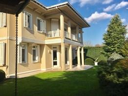 Kemer Country Ana Fazda Çok Şık Modern Havuzlu Villa