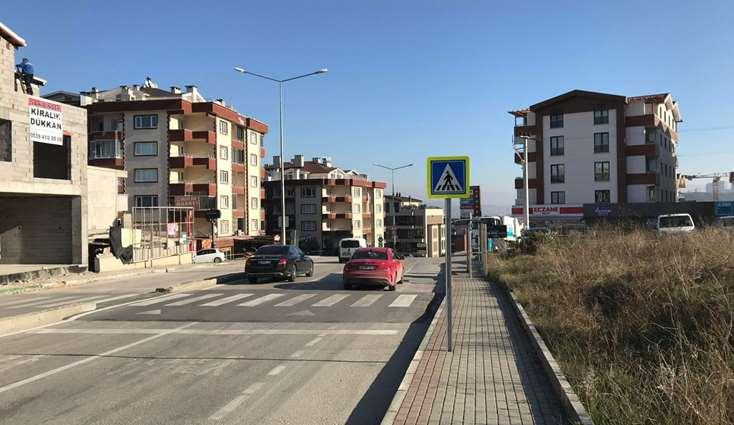 BALAT CADDE ÜZERİNDE TABELA DEĞERİ YÜKSEK OFİS/KUAFÖR/MUAYENHANE