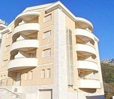 Becici, Budva, 1490m²'de Satılık Otel