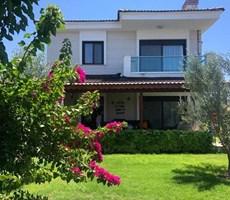 İzmir Çeşme Alaçatı Butik Site İçinde Müstakil Villa