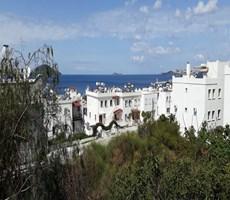 Turgutreis yalı mevkiinde deniz manzarasına hakim yıllık kiralık