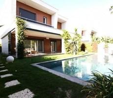 İzmir Çeşme Alaçatı Havuzlu Müstakil Lüks Satılık Villa