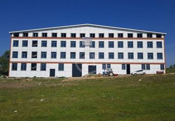 Silivri 'de Otoban Cepheli 12.000 m2 Kapalı Alanlı Fabrika