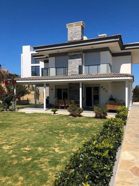 İzmir Çeşme Fener Burnu Müstakil Satılık Modern Villa