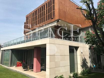 Çubuklu Vadi Evleri'nde B Tipi Lüks Dekorasyonlu Kiralık Villa