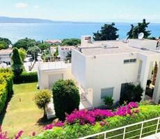 İzmir Çeşme Deniz Manzaralı Muhteşem Konumda Satılık Villa