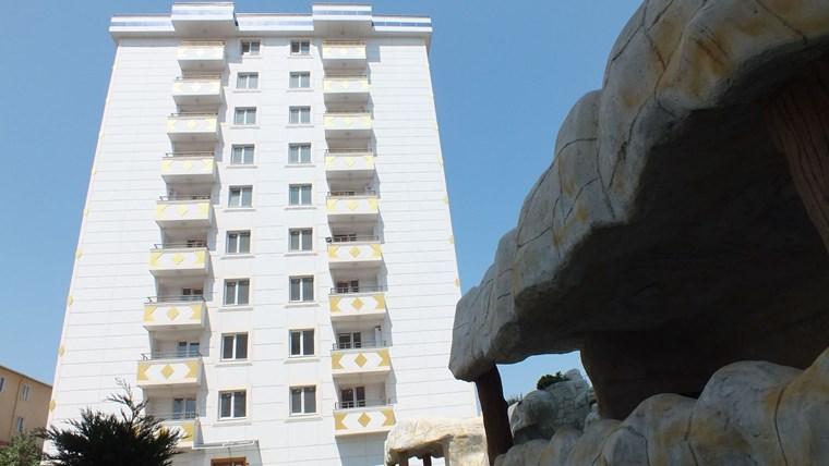 Güvenlikli Kapalı otoparklı Sitede 105 m2 Geniş Ferah 2+1 Daire