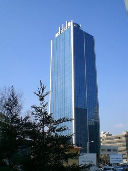 Harmancı Giz Plaza'da 500m2 Kiralık Ofis