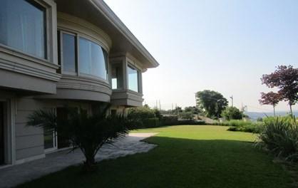 Kandilli Demsa Konakları'nda Boğaz Manzaralı Satılık Villa