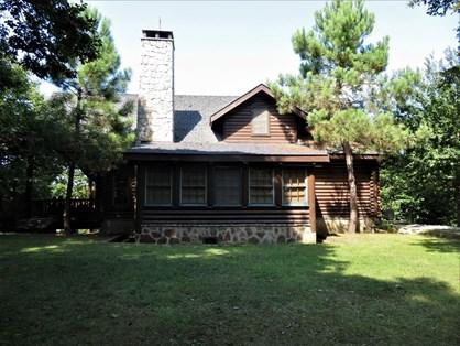 Kemer Country Kütük Evler'de Tam Kütük Kiralık Müstakil Villa