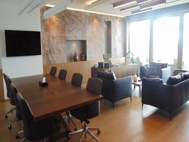 Zorlu Center Teras Evler'de Kiralık Dekorasyonlu 200 m2 Ofis