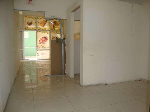 Vatan Mahallesinde Hastane Okullar Bölgesinde 90 m2 dükkan K22