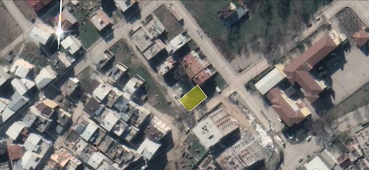 Yunuselinde Köşe Konumunda Satılık 265 m2 Konut Arsası.