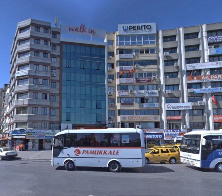 Basmane'de Fuar ve Meydan Manzaralı 100 m2 Satılık Büro-Ofis