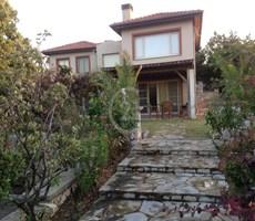 Bademler'de Yakınca Evleri'nde lüks Villa